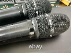 Récepteur Double Sans Fil Sennheiser Em 2050 Avec (2) Portables Et 935 Capsules